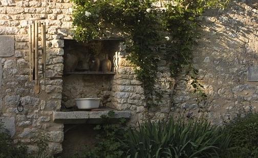 Façade de maison particulière à la Boudinière, Pouligny Saint Pierre